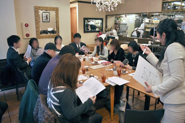 定員10~15名の小規模セミナーを開催していた